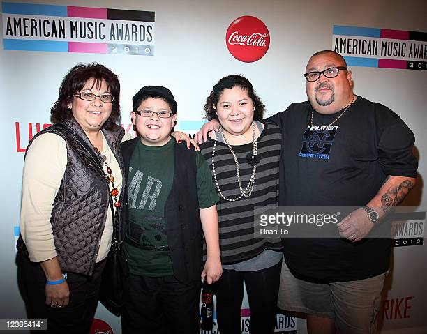 Diane Rodriguez Rico Rodriguez Raini Rodriguez and Roy Rodriguez attend 2010 American Music Awards preparty charity bowl tournament at Lucky Strike...