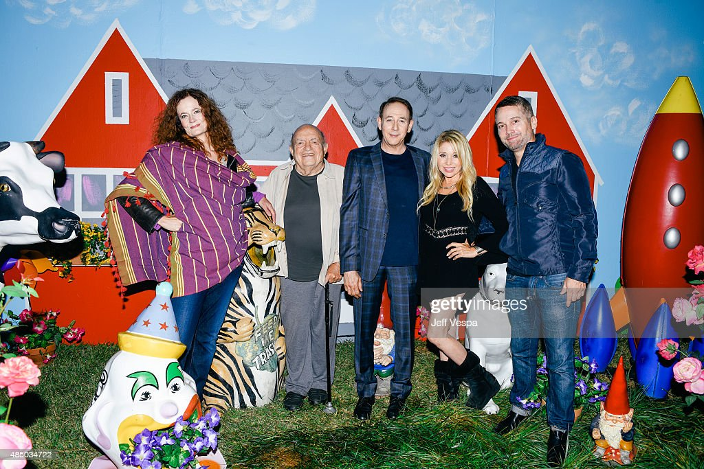 Diane Salinger, Lou Cutell, Paul Reubens, E.G. Daily, and Damon Martin attend Pee-wee's Big Adventure 30th anniversary screening at Hollywood Forever on August 22, 2015 in Hollywood, California.