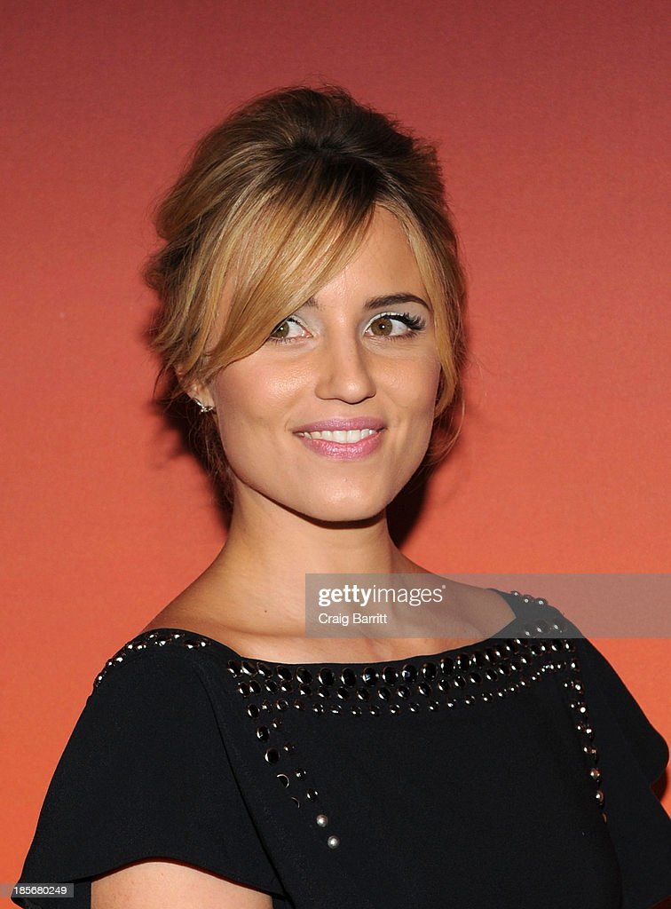 <a gi-track='captionPersonalityLinkClicked' href=/galleries/search?phrase=Dianna+Agron&family=editorial&specificpeople=4439685 ng-click='$event.stopPropagation()'>Dianna Agron</a> arrives at the 2013 Whitney Gala and Studio Party at Skylight at Moynihan Station on October 23, 2013 in New York City.
