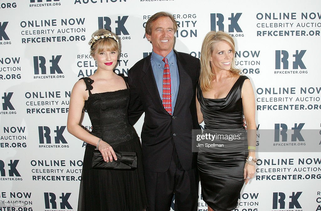 <a gi-track='captionPersonalityLinkClicked' href=/galleries/search?phrase=Dianna+Agron&family=editorial&specificpeople=4439685 ng-click='$event.stopPropagation()'>Dianna Agron</a>, Robert Kennedy Jr. and <a gi-track='captionPersonalityLinkClicked' href=/galleries/search?phrase=Cheryl+Hines&family=editorial&specificpeople=209249 ng-click='$event.stopPropagation()'>Cheryl Hines</a> attend 2012 Ripple Of Hope Gala at The New York Marriott Marquis on December 3, 2012 in New York City.