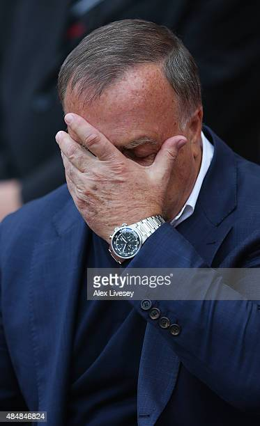 Dick Advocaat manager of Sunderland looks on during the Barclays Premier League match between Sunderland and Swansea City at the Stadium of Light on...