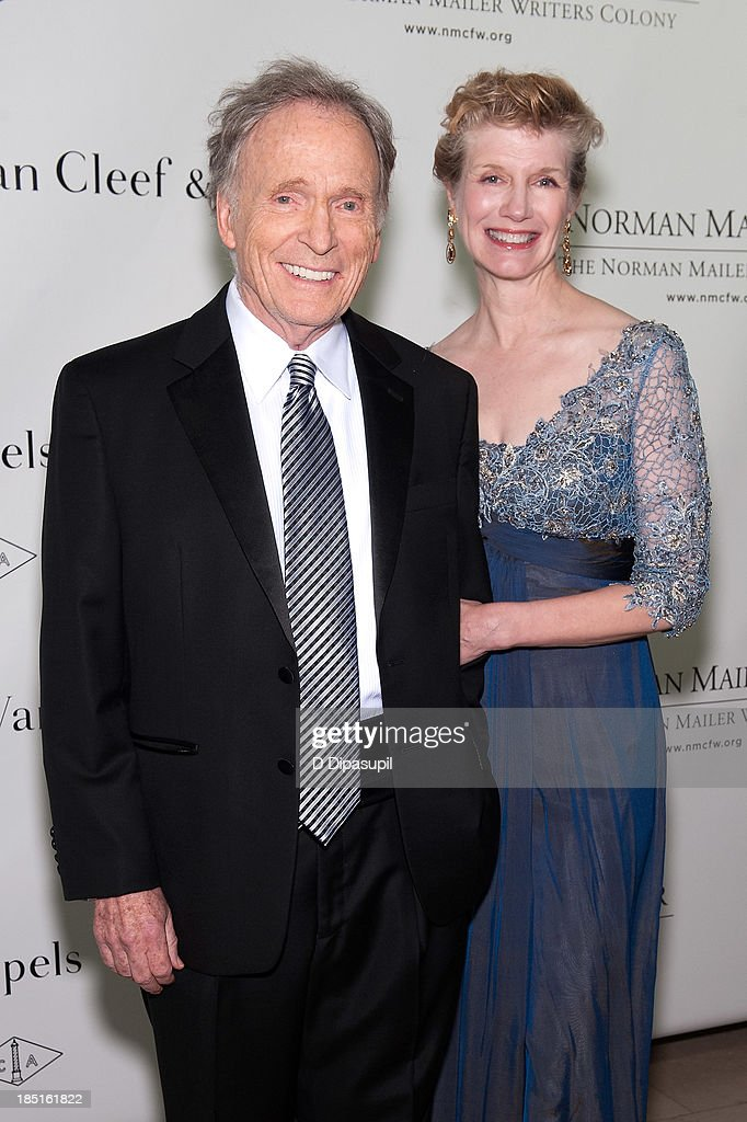 <a gi-track='captionPersonalityLinkClicked' href=/galleries/search?phrase=Dick+Cavett&family=editorial&specificpeople=217287 ng-click='$event.stopPropagation()'>Dick Cavett</a> (L) and wife Martha Rogers attend the 2013 Norman Mailer Center gala at the New York Public Library on October 17, 2013 in New York City.