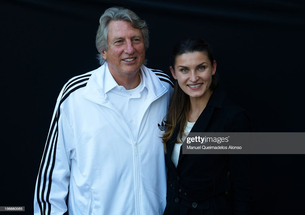 <a gi-track='captionPersonalityLinkClicked' href=/galleries/search?phrase=Dick+Fosbury&family=editorial&specificpeople=1412180 ng-click='$event.stopPropagation()'>Dick Fosbury</a> of the United States and <a gi-track='captionPersonalityLinkClicked' href=/galleries/search?phrase=Anna+Chicherova&family=editorial&specificpeople=2265136 ng-click='$event.stopPropagation()'>Anna Chicherova</a> of Russia pose during the preview day of the IAAF athlete of the year award at the IAAF Centenary Gala on November 23, 2012 in Barcelona, Spain.