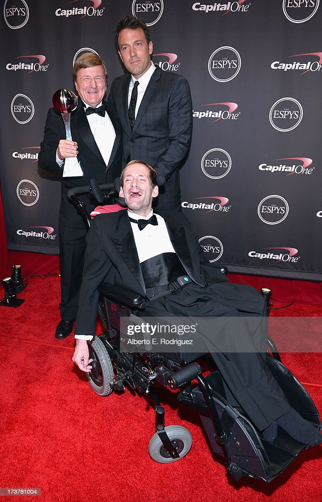 Dick Hoyt and Rick Hoyt, winners of the Jimmy V Award for Perseverance, and actor/director <a gi-track='captionPersonalityLinkClicked' href=/galleries/search?phrase=Ben+Affleck&family=editorial&specificpeople=201856 ng-click='$event.stopPropagation()'>Ben Affleck</a> pose backstage at The 2013 ESPY Awards at Nokia Theatre L.A. Live on July 17, 2013 in Los Angeles, California.