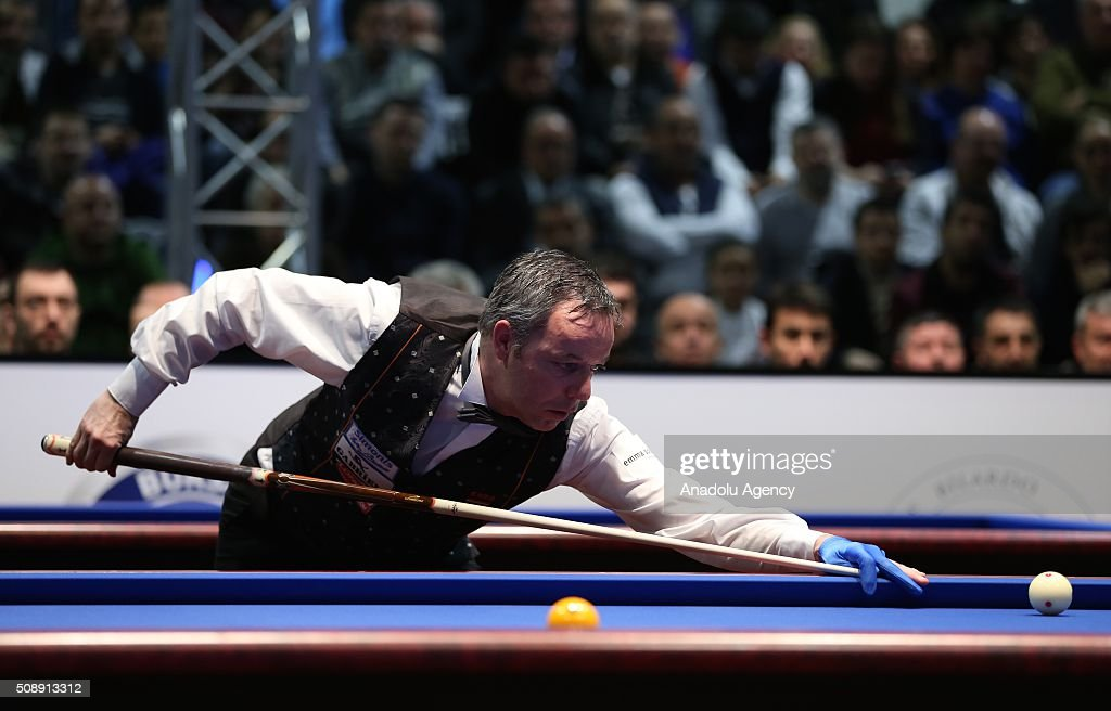Dick Jaspers of Netherlands competes against Pedra Piedrabuena (not seen) of USA during 2nd match of semi-final of the Carom Billiards 3 Cushion World Cup in Bursa, Turkey on February 7, 2016.