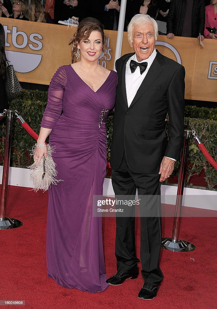Dick Van Dyke arrives at the 19th Annual Screen Actors Guild Awards at The Shrine Auditorium on January 27, 2013 in Los Angeles, California.