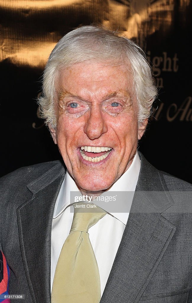 Dick Van Dyke attends the Midnight Mission's Golden Heart Awards Gala at the Beverly Wilshire Four Seasons Hotel on October 6, 2016 in Beverly Hills, California.