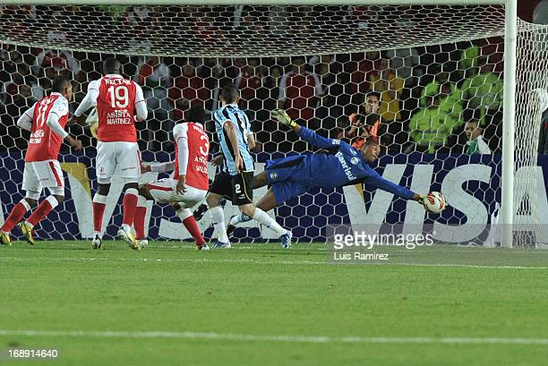 Dida goalkeeper of Gremio in action during the match between Independiente Santa Fe and Gremio as part of Copa Bridgestone Libertadores 2013 at...