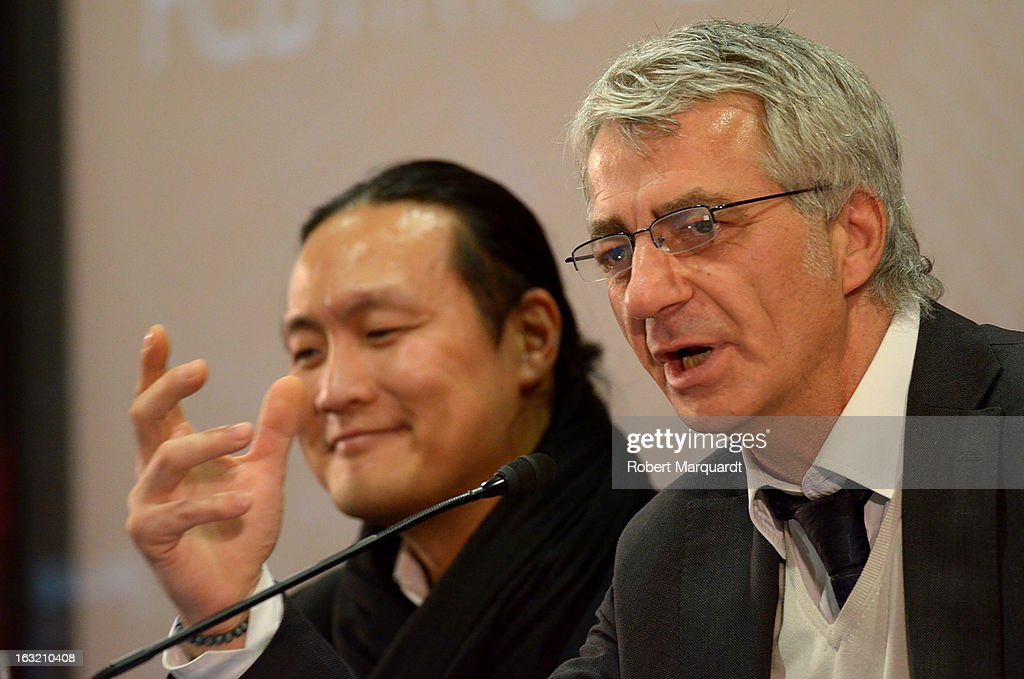 Didac Lee and Salvador Garcia (R) attend the press presentation of the 'FCBVirtualTour' at Camp Nou on March 6, 2013 in Barcelona, Spain. The online virtual tour will allow users to view and interact with digital content of the Barcelona Football Club facilities.