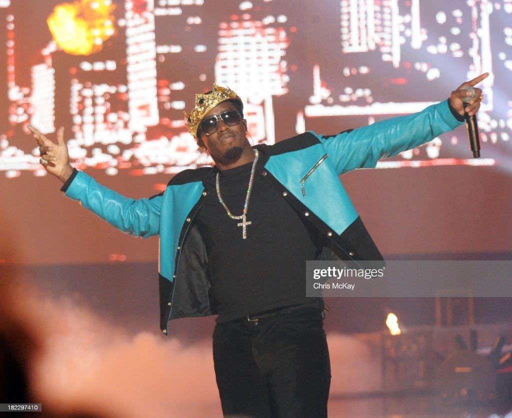 P. Diddy performs during the BET Hip Hop Awards 2013 at the Boisfeuillet Jones Atlanta Civic Center on September 28, 2013 in Atlanta, Georgia.