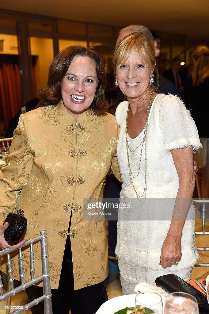 Didi Schafer (R) attends New York Philharmonic's Spring Gala, A John Williams Celebration at David Geffen Hall on May 24, 2016 in New York City.
