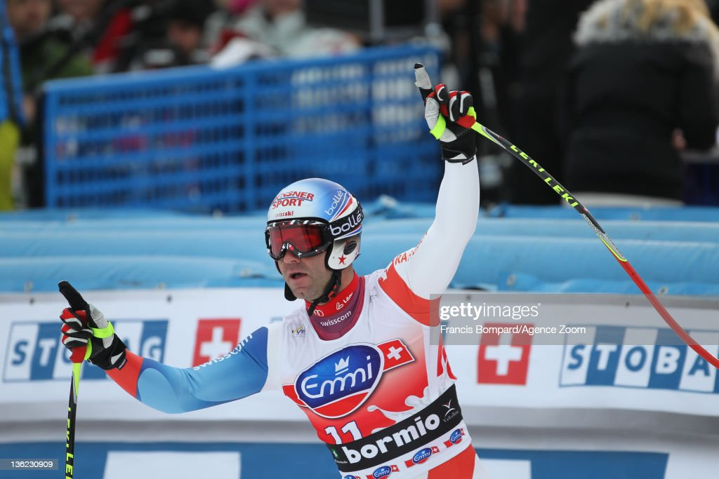 <a gi-track='captionPersonalityLinkClicked' href=/galleries/search?phrase=Didier+Defago&family=editorial&specificpeople=241278 ng-click='$event.stopPropagation()'>Didier Defago</a> of Switzerland takes 1st place during the Audi FIS Alpine Ski World Cup Men's Downhill on December 29, 2011 in Bormio, Italy.
