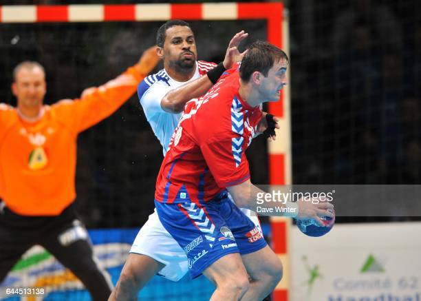 Didier DINART / Nenad VUCKOVIC France / Serbie Match amical a Lievin Photo Dave Winter / Icon Sport