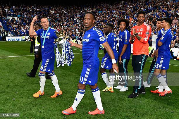 Didier Drogba and John Terry of Chelsea celebrate with the trophy after the Barclays Premier League match between Chelsea and Sunderland at Stamford...