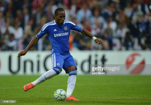 Didier Drogba of Chelsea scores the winning penalty during UEFA Champions League Final between FC Bayern Muenchen and Chelsea at the Fussball Arena...