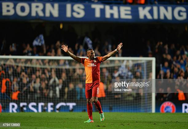Didier Drogba of Galatasaray salutes the crowd after the UEFA Champions League Round of 16 second leg match between Chelsea and Galatasaray AS at...