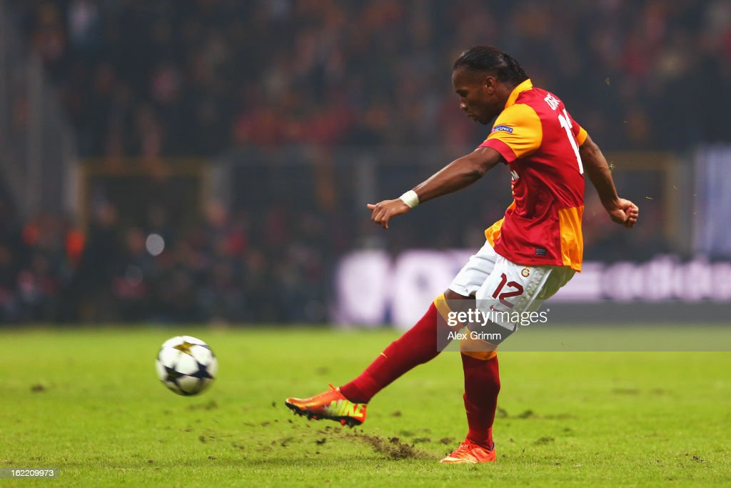 Didier Drogba of Galatasaray shoots a free-kick during the UEFA Champions League Round of 16 first leg match between Galatasaray and FC Schalke 04 at the Turk Telekom Arena on February 20, 2013 in Istanbul, Turkey.