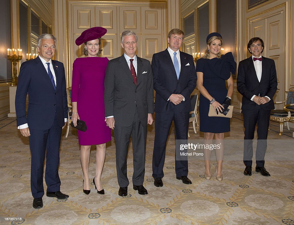<a gi-track='captionPersonalityLinkClicked' href=/galleries/search?phrase=Didier+Reynders&family=editorial&specificpeople=548982 ng-click='$event.stopPropagation()'>Didier Reynders</a>, Queen Mathilde of Belgium, King Philippe of Belgium, King Willem-Alexander of The Netherlands, Queen Maxima of The Netherlands and Elio di Rupo meet inside the Noordeinde Palace during an official visit to The Netherlands on November 8, 2013 in The Hague, Netherlands.