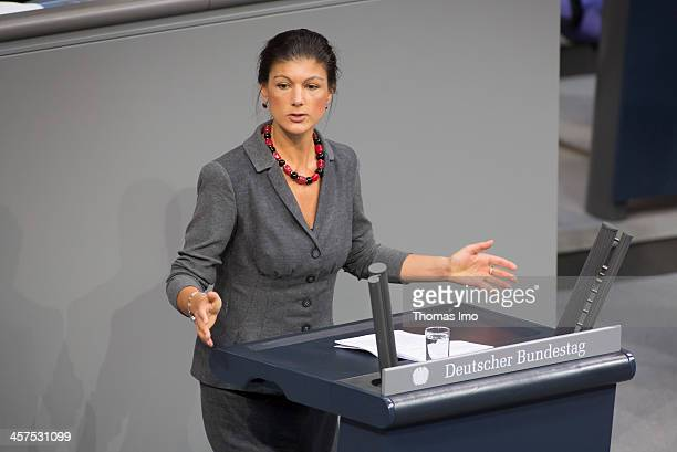 Die Linke leftwing politician Sahra Wagenknecht speaks at Bundestag on December 18 2013 in Berlin Germany Today is the first Bundestag session since...
