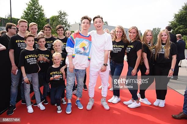 Die Lochis Roman Lochmann Heiko Lochmann attend the Webvideopreis Deutschland 2016 red carpet arrival at Castello on June 4 2016 in Duesseldorf...