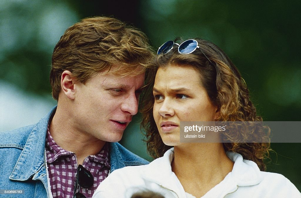 ... Almsick im Gespräch mit ihrem Freund Steffen Zesner. Aufgenommen um 1994
