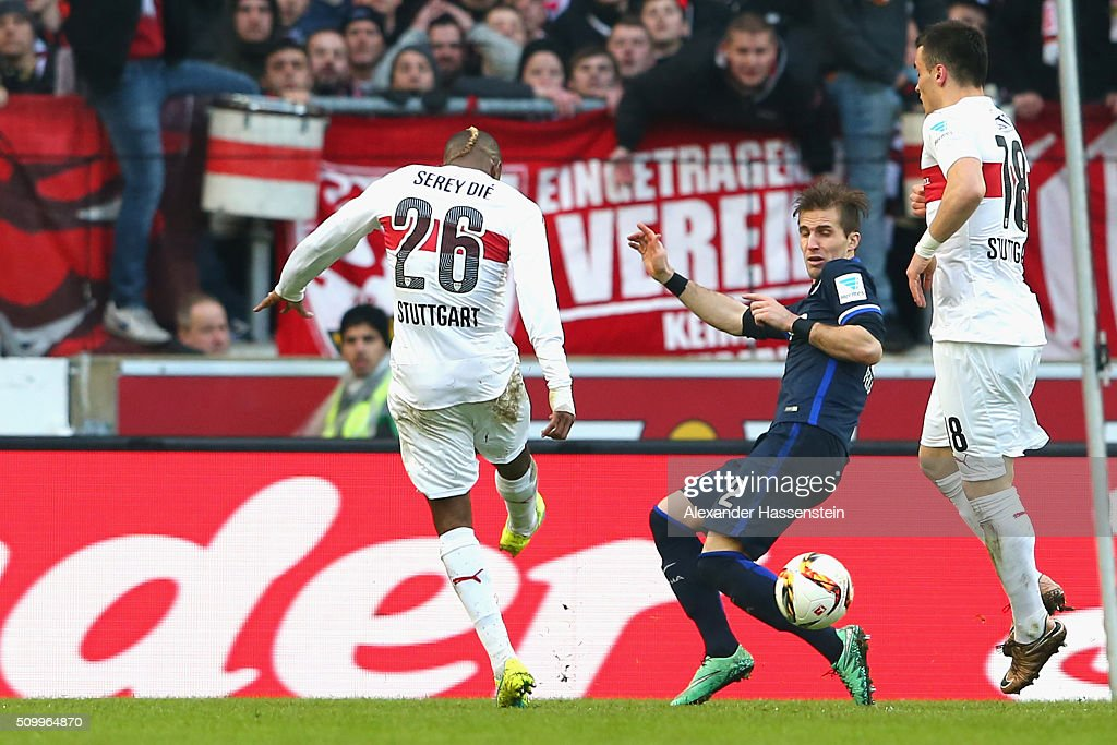 Die Serey (L) of Stuttgart scores the opening goal during the Bundesliga match between VfB Stuttgart and Hertha BSC Berlin at Mercedes-Benz Arena on February 13, 2016 in Stuttgart, Germany.