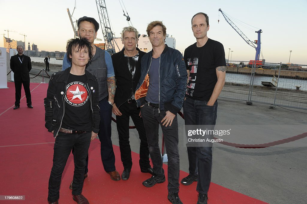 <a gi-track='captionPersonalityLinkClicked' href=/galleries/search?phrase=Die+Toten+Hosen&family=editorial&specificpeople=2041138 ng-click='$event.stopPropagation()'>Die Toten Hosen</a> attend 'Deutscher Radiopreis' at Schuppen 52 on September 5, 2013 in Hamburg, Germany.