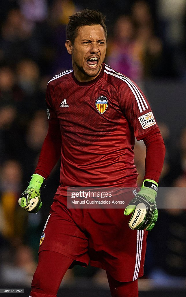 <a gi-track='captionPersonalityLinkClicked' href=/galleries/search?phrase=Diego+Alves&family=editorial&specificpeople=4817250 ng-click='$event.stopPropagation()'>Diego Alves</a> of Valencia celebrates after stopping a penalty during the La Liga match between Valencia CF and Sevilla FC at Estadi de Mestalla on January 25, 2015 in Valencia, Spain.
