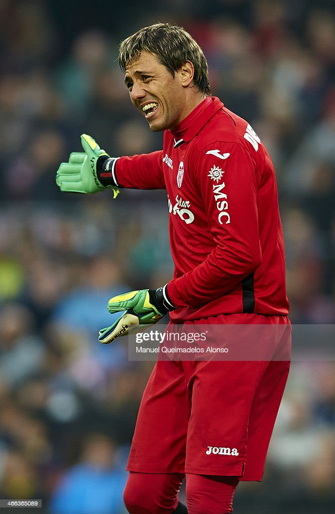 <a gi-track='captionPersonalityLinkClicked' href=/galleries/search?phrase=Diego+Alves&family=editorial&specificpeople=4817250 ng-click='$event.stopPropagation()'>Diego Alves</a> of Valencia CF reacts during the La Liga match between FC Barcelona and Valencia CF at Camp Nou on February 1, 2014 in Barcelona, Spain.