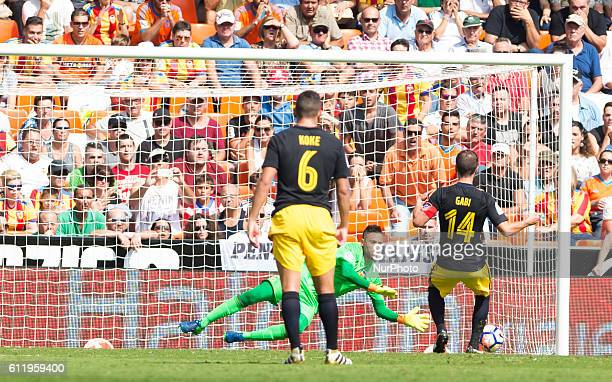 Diego Alves of Valencia CF stop the penallty during the La Liga match at Mestalla Stadium on 2 october Valencia