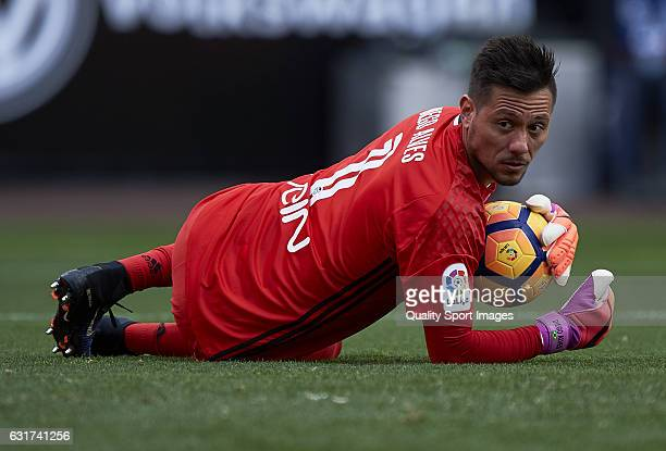 Diego Alves of Valencia looks on during the La Liga match between Valencia CF and RCD Espanyol at Mestalla Stadium on January 15 2017 in Valencia...