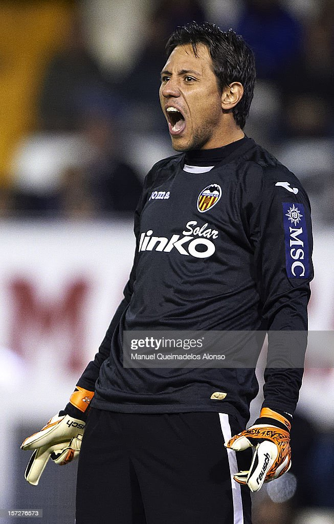 <a gi-track='captionPersonalityLinkClicked' href=/galleries/search?phrase=Diego+Alves&family=editorial&specificpeople=4817250 ng-click='$event.stopPropagation()'>Diego Alves</a> of Valencia reacts during the La Liga match between Valencia and Real Sociedad at at Estadio Mestalla on December 1, 2012 in Valencia, Spain.