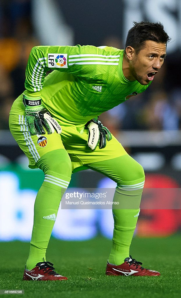 <a gi-track='captionPersonalityLinkClicked' href=/galleries/search?phrase=Diego+Alves&family=editorial&specificpeople=4817250 ng-click='$event.stopPropagation()'>Diego Alves</a> of Valencia reacts during the La Liga match between Valencia CF and UD Almeria at Estadi de Mestalla on January 17, 2015 in Valencia, Spain.