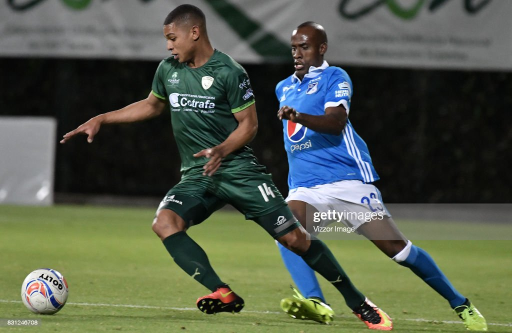 Diego Baloyes of La Equidad and Felipe Banguero fight for the ball during a match between La Equidad and Millonarios as part of round 7 of Liga Aguila II at Estadio Metropolitano de Techo on August 12, 2017 in Bogota, Colombia.