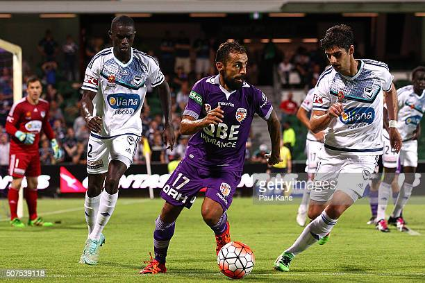 Diego Castro of the Glory controls the ball during the round 17 ALeague match between Perth Glory and Melbourne Victory at nib Stadium on January 30...