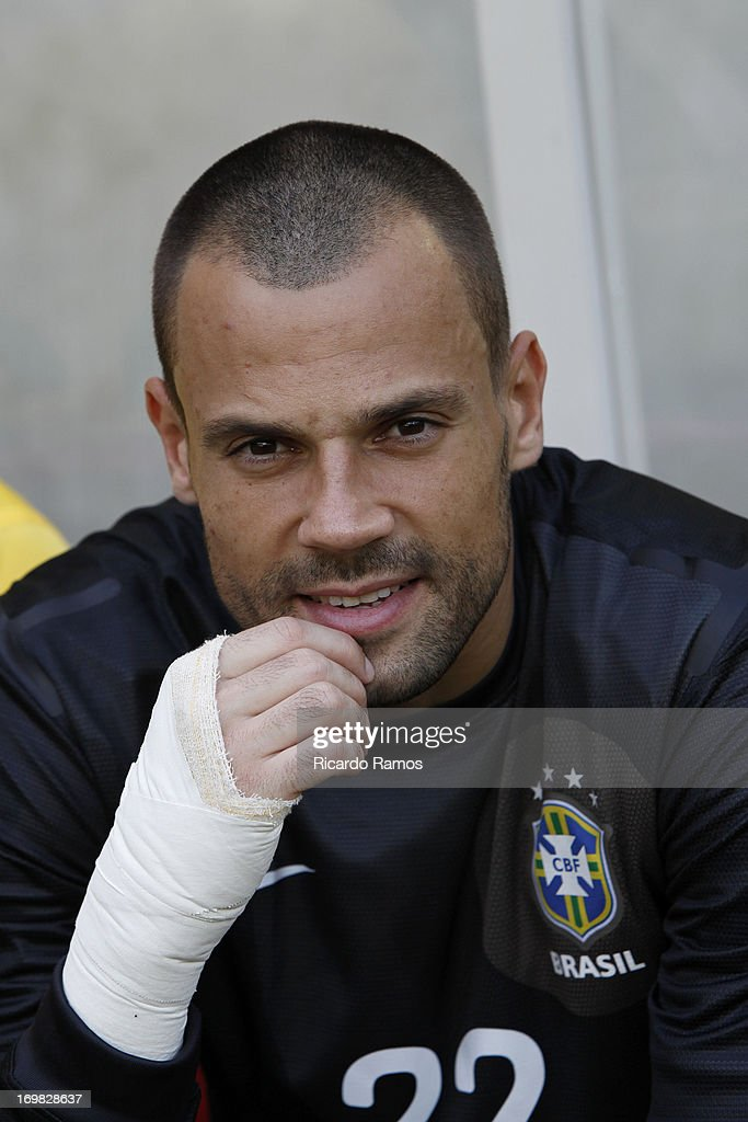 <a gi-track='captionPersonalityLinkClicked' href=/galleries/search?phrase=Diego+Cavalieri&family=editorial&specificpeople=5441023 ng-click='$event.stopPropagation()'>Diego Cavalieri</a> before the friendly match between Brazil and England as part of the Confederations Cup at Maracanã Stadium on June 02, 2013 in Rio de Janeiro, Brazil.