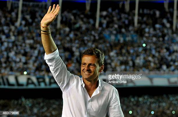 Diego Cocca coach of Racing Club celebrates the championship after winning a match between Racing Club and Godoy Cruz as part of 19th round of Torneo...