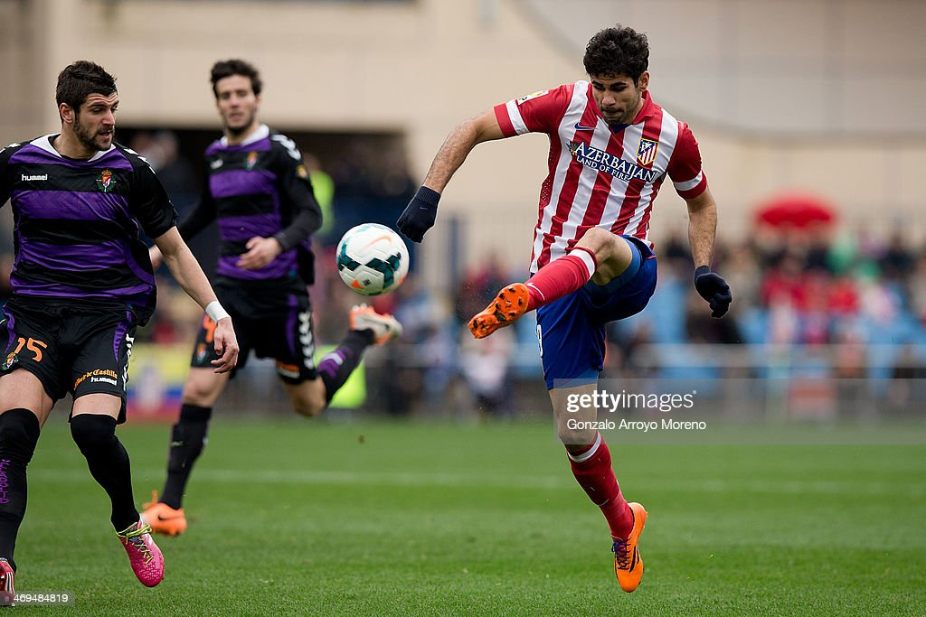 Diego Costa of Atletico de Madrid scores their second goal during the La Liga match between Club Atletico de Madrid and Real Valladolid CF at Vicente Calderon Stadium on February 15, 2014 in Madrid, Spain.