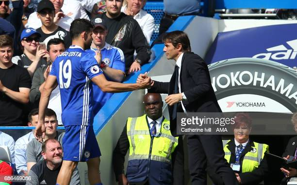 Diego Costa of Chelsea and Antonio Conte manager / head coach of Chelsea during the Premier League match between Chelsea and Sunderland at Stamford...