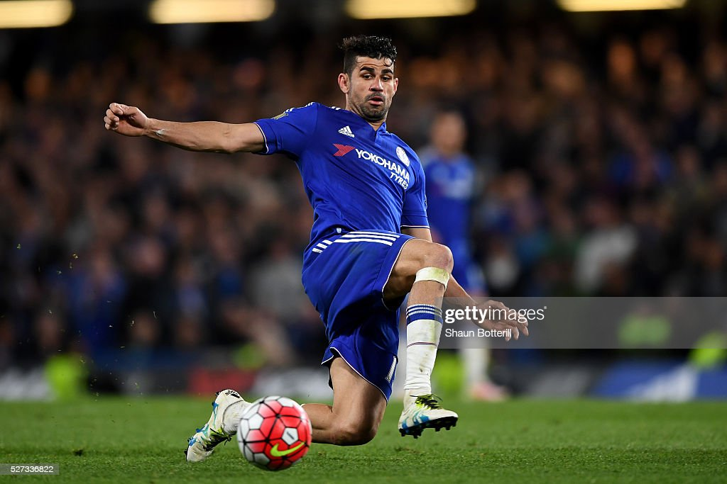 Diego Costa of Chelsea in action during the Barclays Premier League match between Chelsea and Tottenham Hotspur at Stamford Bridge on May 02, 2016 in London, England.jd