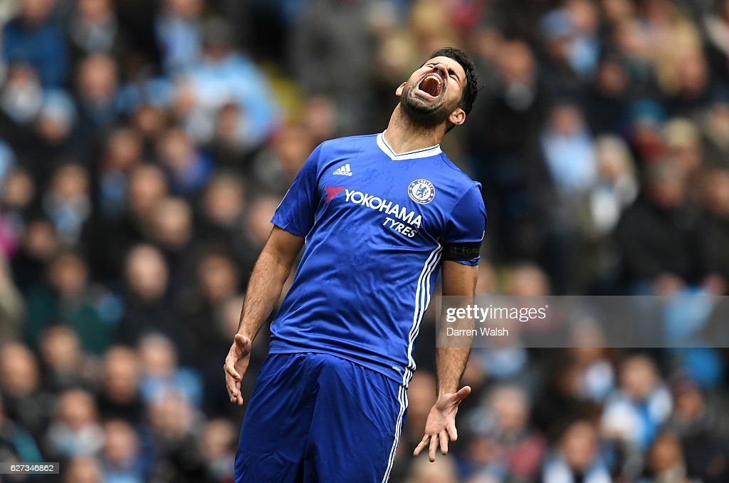 Diego Costa of Chelsea reacts after missing a chance during the Premier League match between Manchester City and Chelsea at Etihad Stadium on December 3, 2016 in Manchester, England.