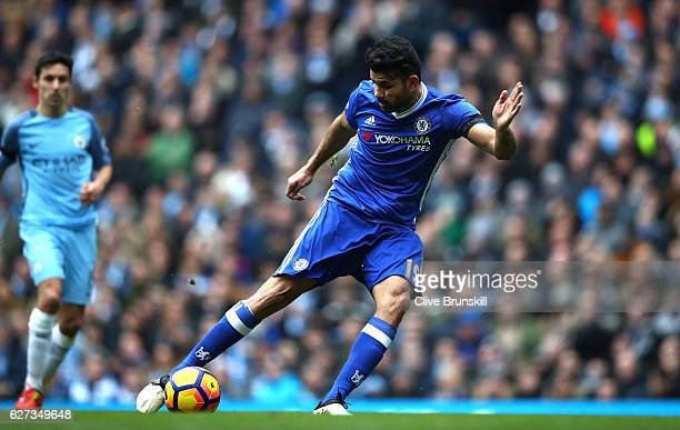 Diego Costa of Chelsea scores his team's first goal during the Premier League match between Manchester City and Chelsea at Etihad Stadium on December...