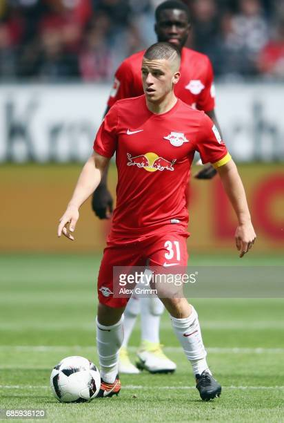 Diego Demme of Leipzig controles the ball during the Bundesliga match between Eintracht Frankfurt and RB Leipzig at CommerzbankArena on May 20 2017...