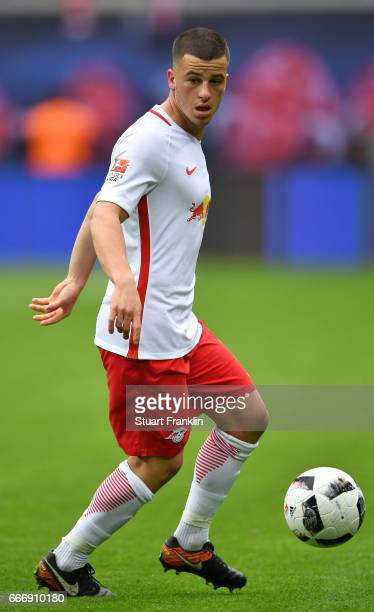 Diego Demme of Leipzig in action during the Bundesliga match between RB Leipzig and Bayer 04 Leverkusen at Red Bull Arena on April 8 2017 in Leipzig...