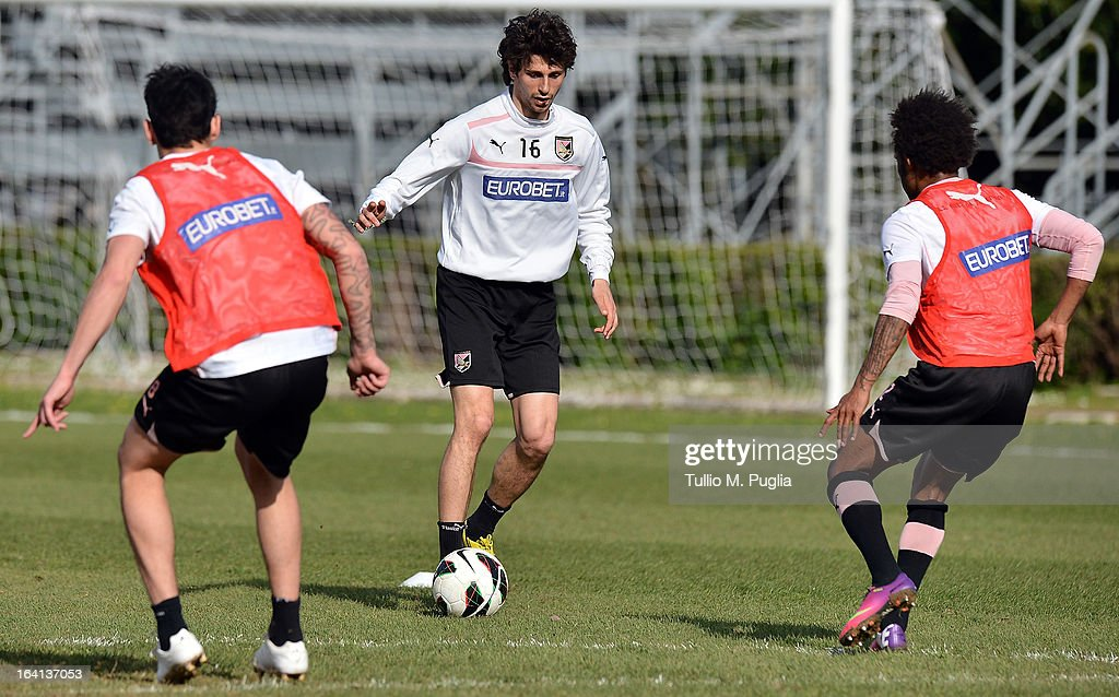 Diego Fabbrini in action during a Palermo training session at Tenente Carmelo Onorato Sports Center on March 20, 2013 in Palermo, Italy.