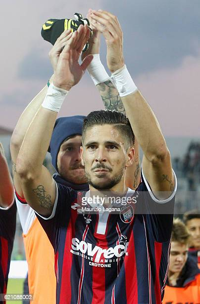 Diego Falcinelli of Crotone celebrates after the Serie A match between FC Crotone and AC ChievoVerona at Stadio Comunale Ezio Scida on October 30...