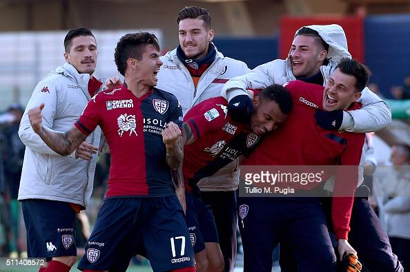 Diego Farias of Cagliari celebrates after scoring the equalizing goal during the Serie B match between Cagliari Calcio and Pescara Calcio at Stadio...