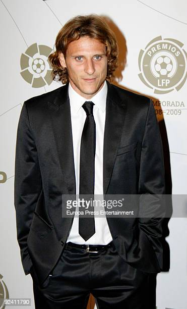 Diego Forlan Attends the Spanish Football League Gala on October 27 2009 in Madrid Spain