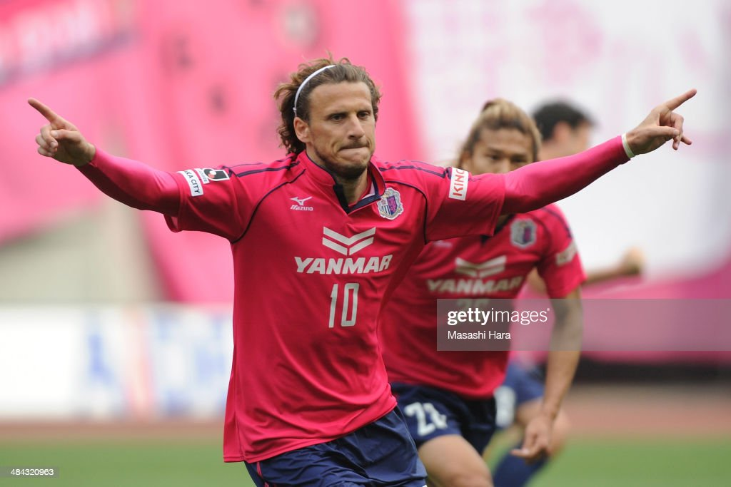 <a gi-track='captionPersonalityLinkClicked' href=/galleries/search?phrase=Diego+Forlan&family=editorial&specificpeople=171096 ng-click='$event.stopPropagation()'>Diego Forlan</a> #10 of Cerezo Osaka celebrates the second goal during the J.League match between Cerezo Osaka and Gamba Osaka at Nagai Stadium on April 12, 2014 in Osaka, Japan.