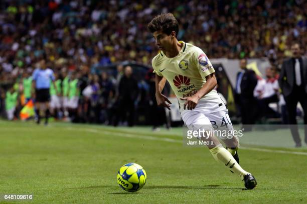 Diego Lainez of America drives the ball during the 9th round match between Leon and America as part of the Torneo Clausura 2017 Liga MX at Nou Camp...